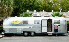 El gusto por lo Vintage – Caravanas convertidas en tiendas de ropa